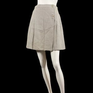 Pleated pattern mini skirt
